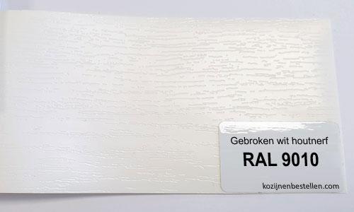 Kunststof wit houtnerf RAL 9010